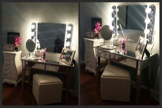 My Diy Vanity Mirror I Ve Been Crazy Over Mirrored
