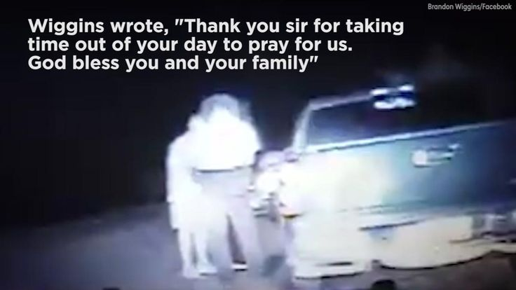 Man's request to pray during traffic stop brings deputy to tears   abc7news.com