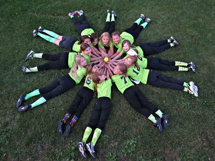 Cute team pic! My team did something kinda like that!