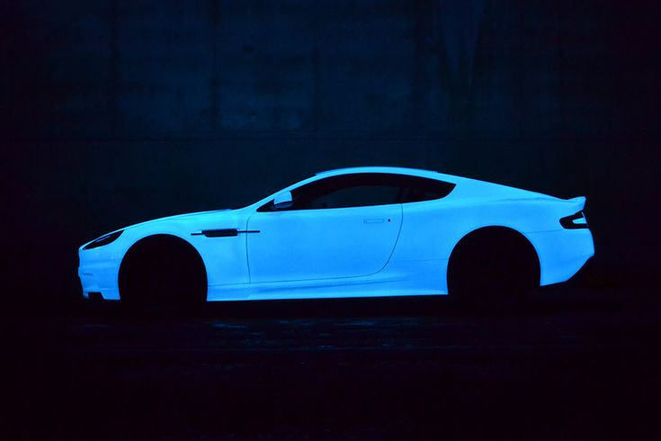Aston Martin DBS V12 Glow de Nevana Designs 1
