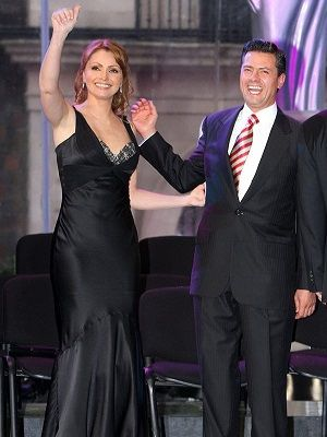 """Angélica Rivera está triste, enojada, lastimada"": Enrique Peña Nieto   http://www.politicayestilo.com/angelica-rivera-esta-triste-enojada-lastimada-enrique-pena-nieto/"