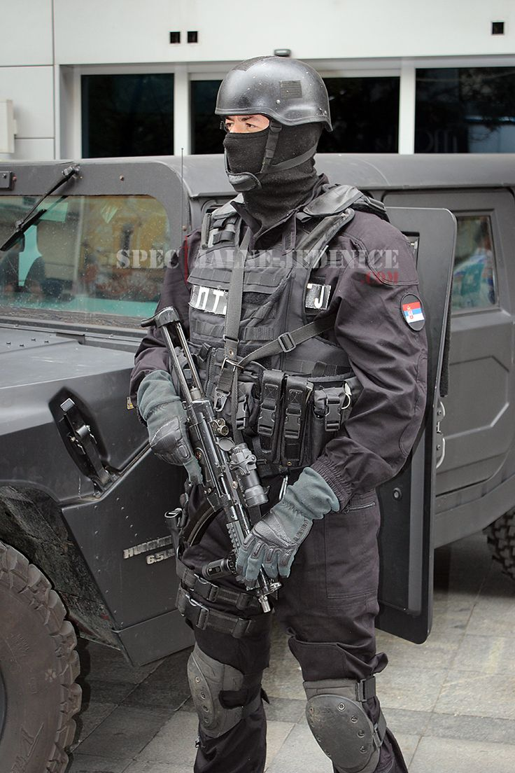 Valjevo, #Serbia - Operator of the disbanded Counter Terrorist Unit, one of the most elite units within Serbian #police. Unit`s capacities were merged with Special Anti-terrorist Unit. #serbianspecialforces #specijalnejedinice