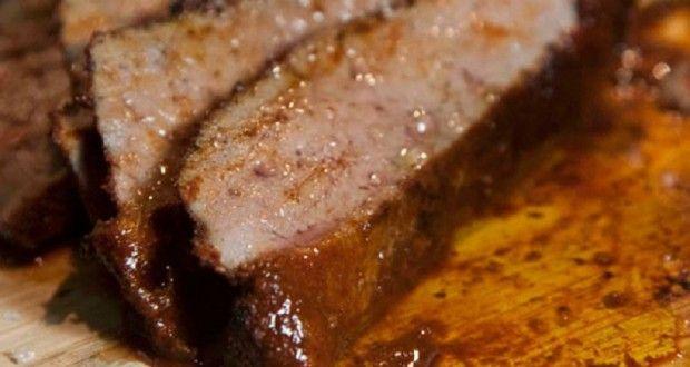 Σπεύδω να γράψω τη συνταγή με το καταπληκτικό καυτό συκώτι -το καλύτερο που έχω φάει εδώ και χρόνια-...