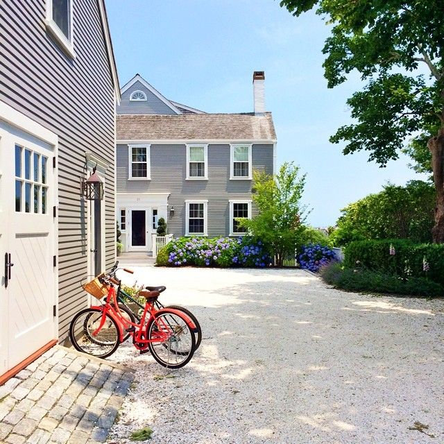 1000 images about nantucket on pinterest nantucket home for Cape cod garage doors