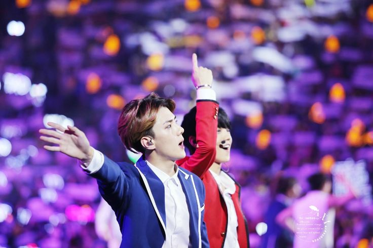 140920 EXO The Lost Planet in Beijing Day 1 - Sehun & Luhan #HunHan ♥