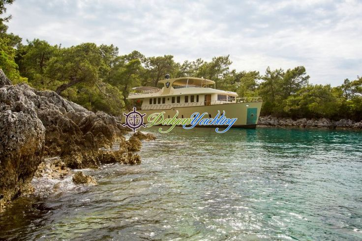 Simay S - With best prices and Exclusive services from Trawler Simay S is 25.00 m. / 82 ft. Trawler Simay S offers Trawler cruise holiday in turkey for 10 guests luxury cabins. Simay S are waiting for rental.
