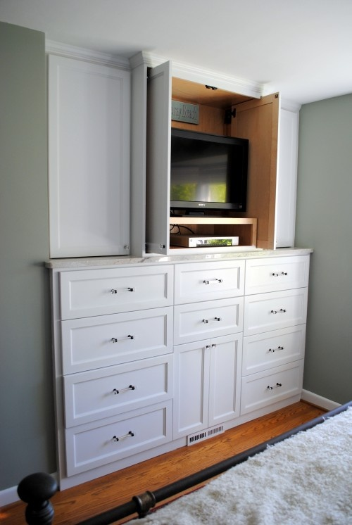 25 best ideas about built in dresser on pinterest for Built in cabinet designs bedroom