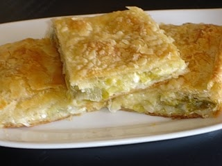 Leek Pie (Prasopita). This is a delicious pie, not only the filling, but the lovely pastry as well. #Greek #vegetarian #recipe #pies