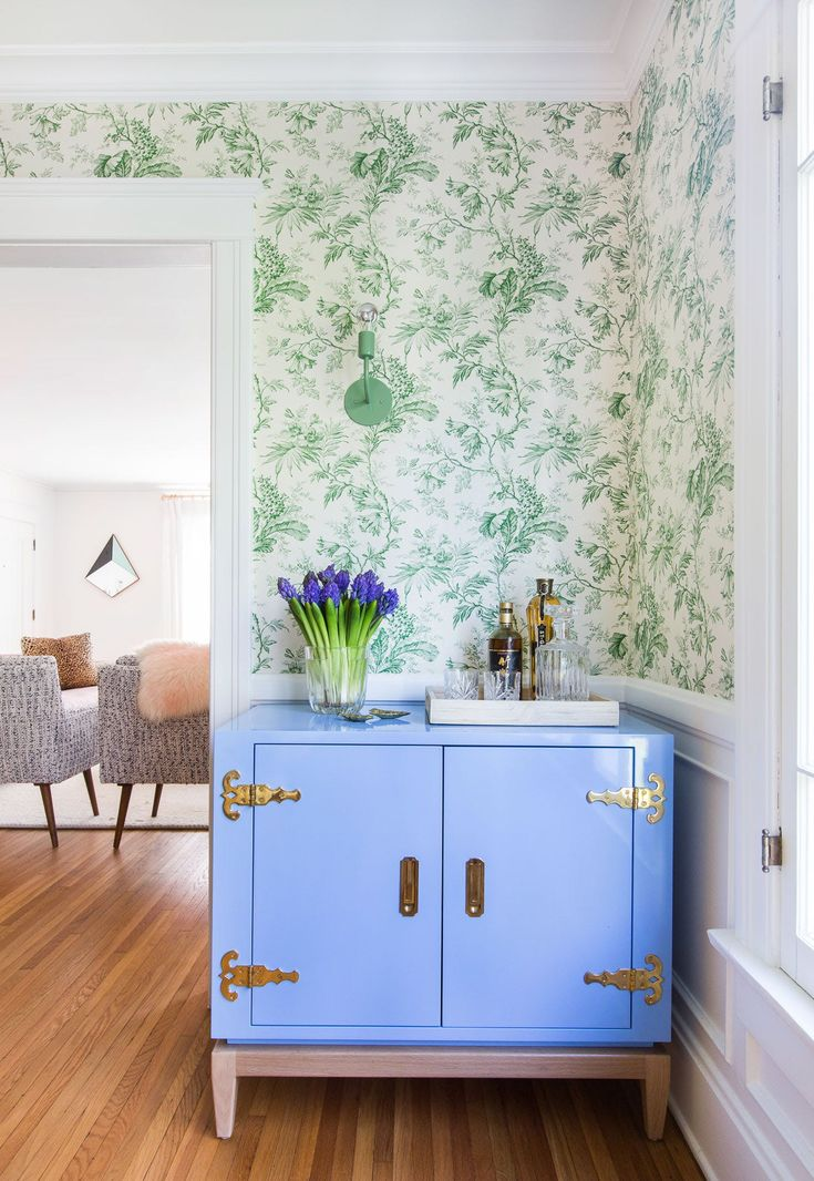 ☆Inside the Colorful Design-Savvy Pad of Lauren Morelli and Samira Wiley via Brit + Co