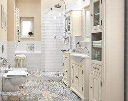 Łazienka - Duża łazienka z oknem, styl vintage - zdjęcie od Castorama