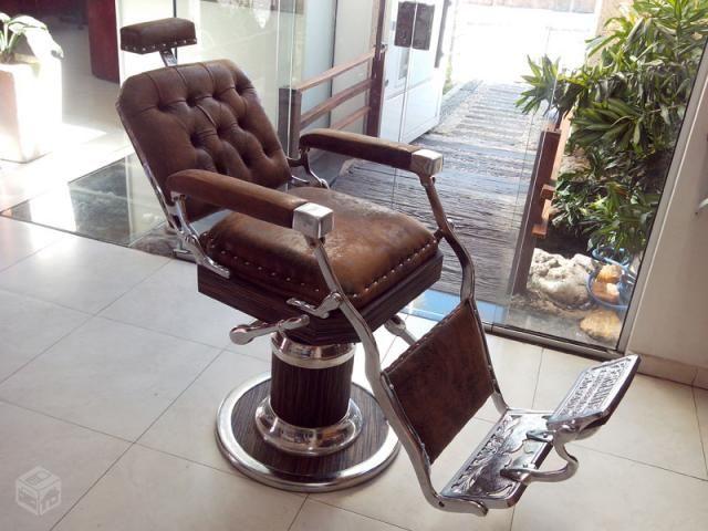Cadeira Barbeiro Cabeleireiro Ferrante restaurada - R$