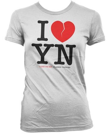 """Ein T-shirt für alle, die auch mal Nein sagen können...  Der Textil gewordene """"Dis-like-Button"""".    Das T-Shirts wurde sweatshop-free produziert und ist modern geschnitten.   Das heisst: schön lang, nur leicht tailliert, kurze Ärmel und angenehm weiter Hals."""