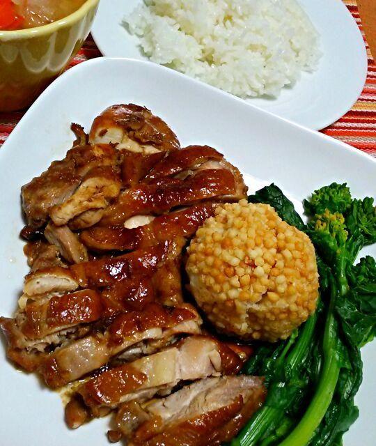 オーブン料理をきょうは、短時間でフライパンでローストチキン - 57件のもぐもぐ - 鳥モモ肉をフライパンでローストチキン☆ポテト団子☆菜の花☆コンソメスープ by yukikimu0721