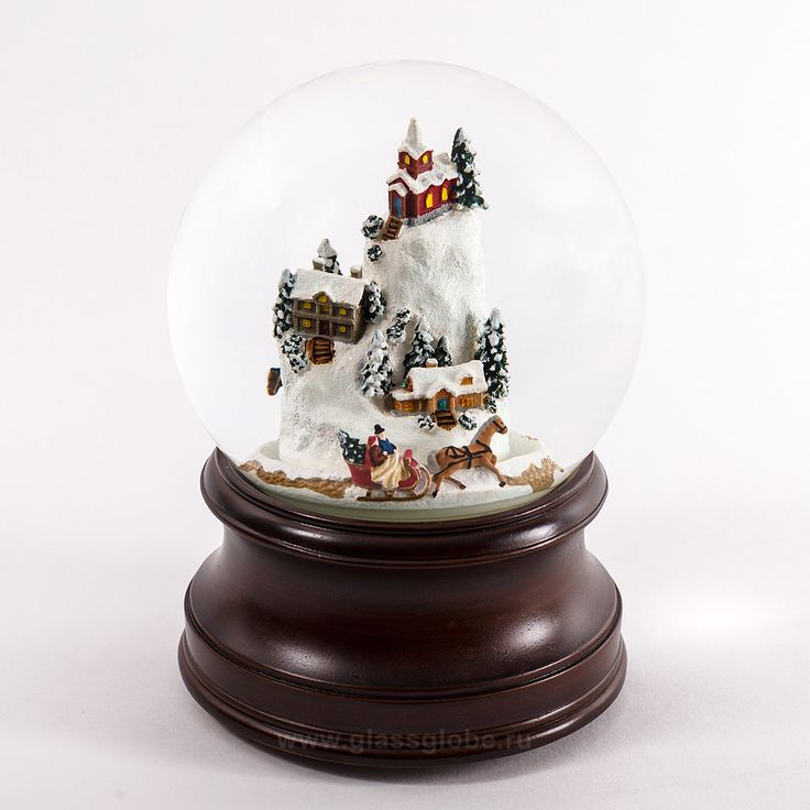 """Стеклянный шар  """"Деревушка в горах"""""""