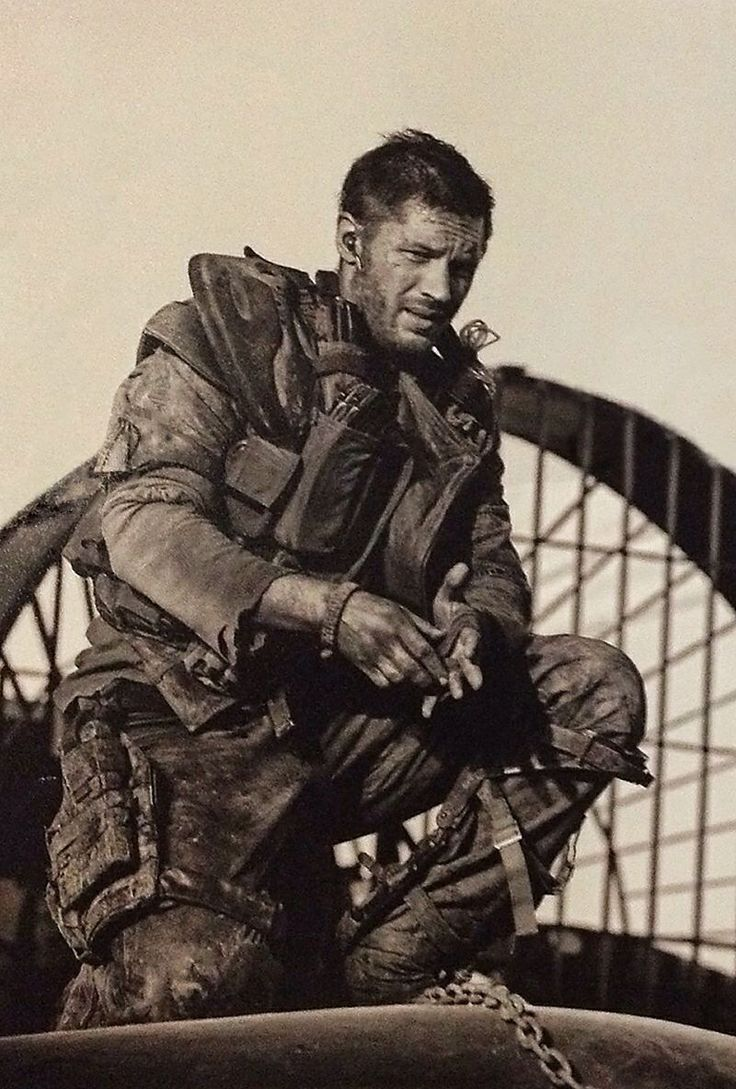 Tom Hardy as Mad MAx, sweet baby jesus- post apocolyptic +sexy.