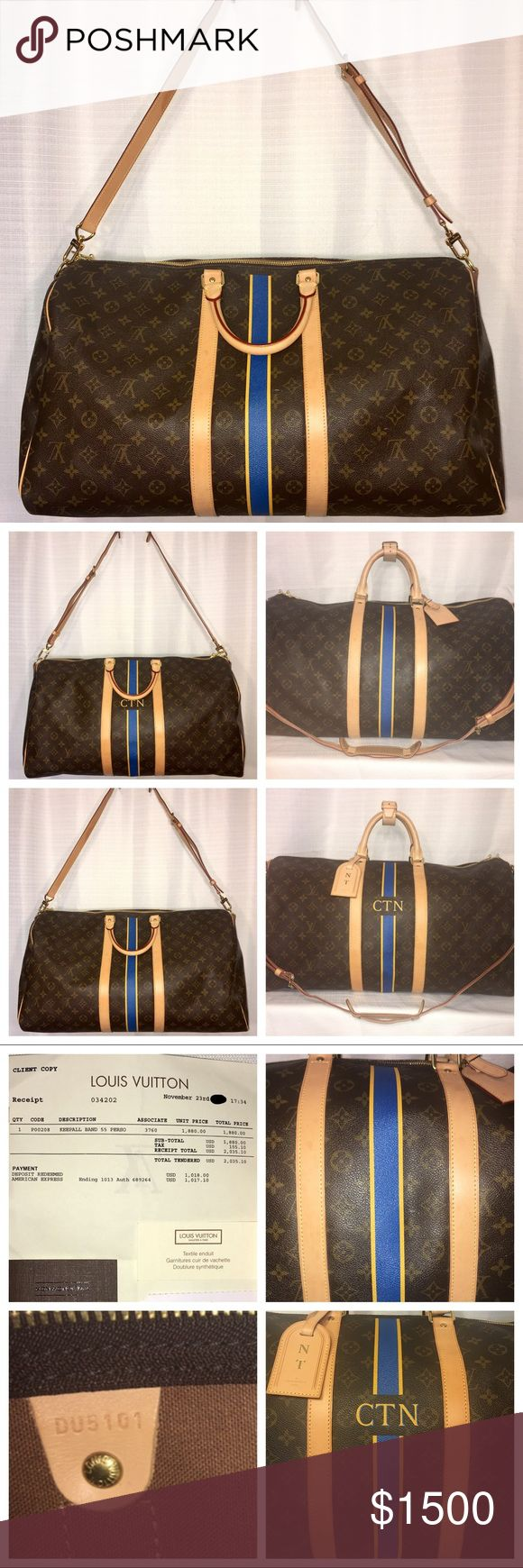 """Louis Vuitton KEEPALL BANDOULIÈRE 55 Louis Vuitton KEEPALL BANDOULIÈRE 55. Condition: 9.25/10. Cabin size- L: 21.7 x H: 12.2 x W: 9.4"""" Photos are main part of description. Please review in detail and ask questions as needed. - includes original receipt/tags for $2,035 - Leather strap & handles - new & unopened lock & keys - Hot stamp CNT can be removed with receipt provided at any Louis Vuitton store - Includes all accessories shown.            NO TRADES. Offers only negotiated through OFFER…"""