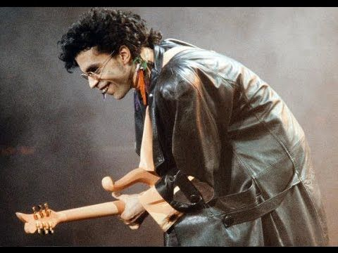 (1) PART 1 PRINCE THE BEST GUITARIST SINCE HENDRIX - THIS THE NO. 1 PRINCE COMPILATION - YouTube