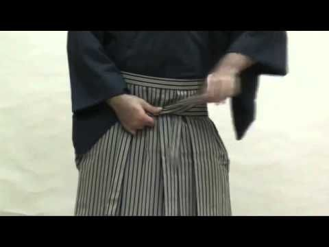 how to wear kendo clothes