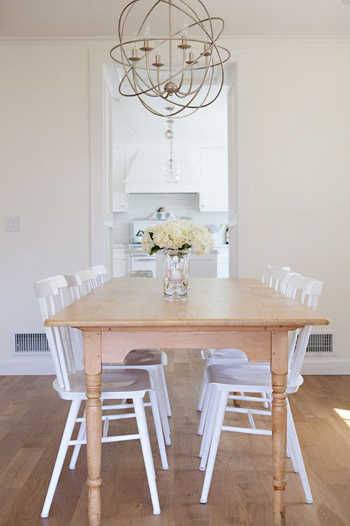 Clean U0026 Cozy Dining Space | Tucker Chairs Via Serena U0026 Lily | Image Via Anne
