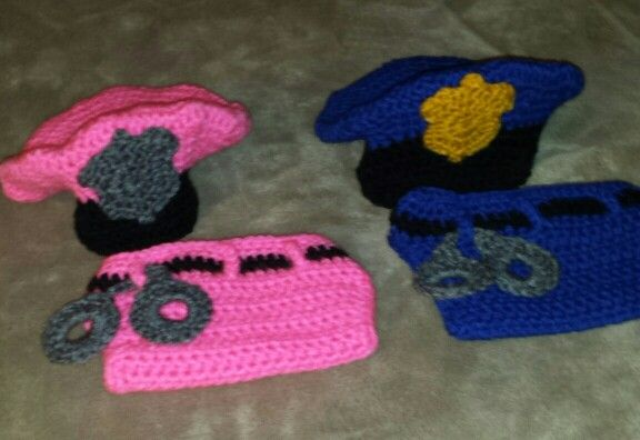 Crochet police officer photo prop I made. I found the free ...