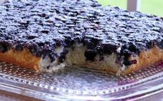 Blueberry Upside-Down Cake  1/4 cup melted butter  1/2 cup brown sugar  2 cups blueberries (fresh or Frozen)  1 tablespoon lemon juice  1/2 cup butter  3/4 cup granulated sugar  1 egg  1 teaspoon vanilla  1 1/3 cups all-purpose flour  2 teaspoons baking powder  1/4 teaspoon salt  1 teaspoon cinnamon (optional)  3/4 cup milk