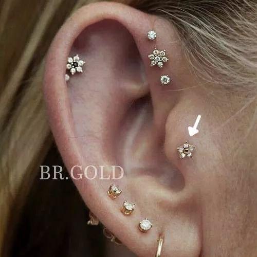 piercing de orelha, helix, cartilagem, tragus mini florzinha