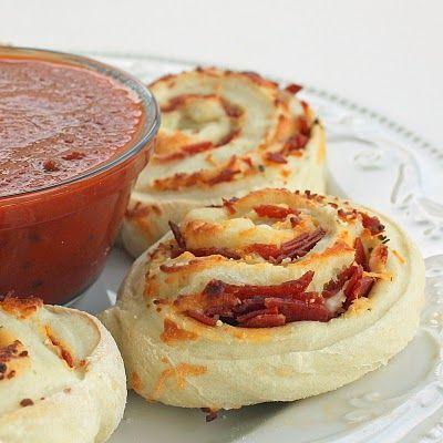 pizza rolls! like cinnamon rolls, but better!