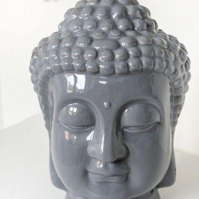Der Buddha Kopf Ist Aus Keramik Und Im Farbton Dunkelgrau Die Oberflche Hat Gewollt Kleine Rostfarbene Schrammen Seidenglnzend Masse Ca