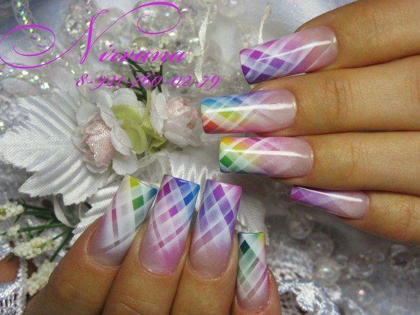 Airbrush nails …