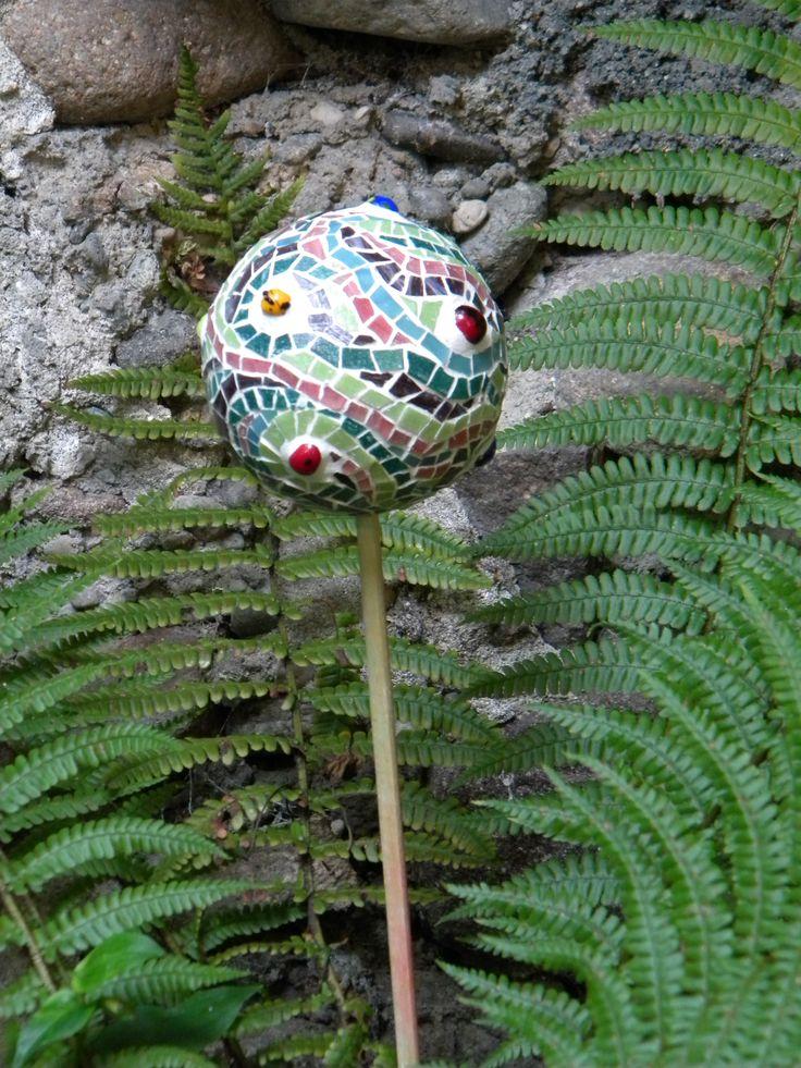 palla mosaico giardino