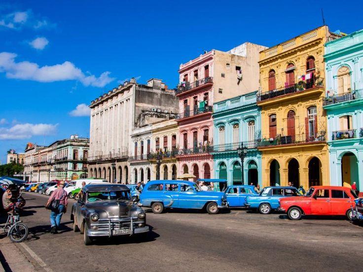 Havana, Cuba este unul din cele 30 locuri incantatoare ale acestui articol pe care trebuie sa le vezi cel putin o data in viata. Macar in poze!