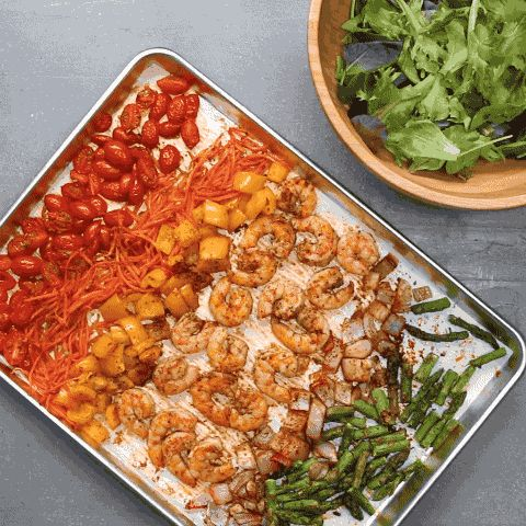 So colorful! | This Roasted Shrimp And Veggie Salad Is Perfect For A Filling Lunch