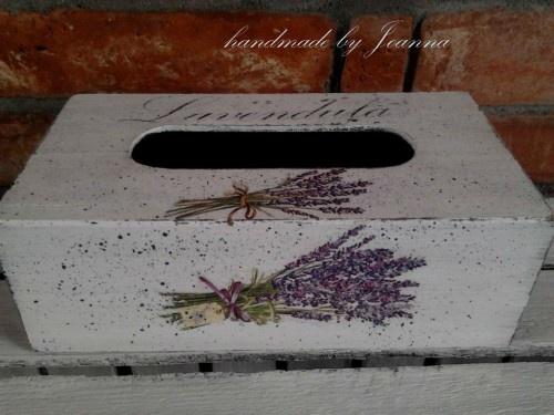 Decoupage lavendula tissue box