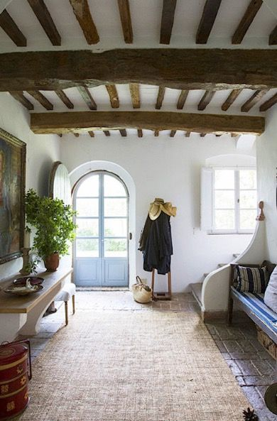 Arniano Villa, Tuscany, ceiling detail, beams, arched door