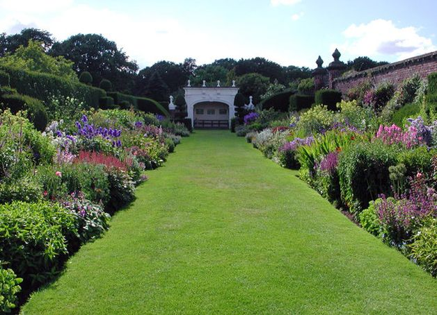 Best 25 Herbaceous border ideas on Pinterest
