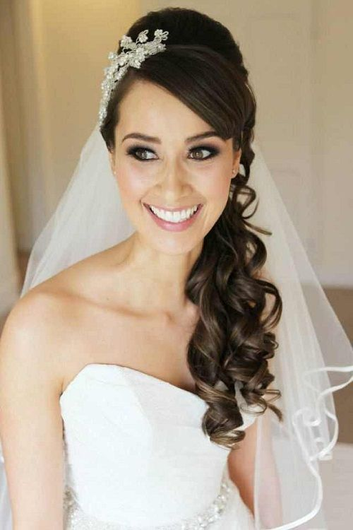 Long Curly Half Up Wedding Hairstyles with Side Bangs and Veil Photos - New Hairstyles, Haircuts  Hair Color Ideas