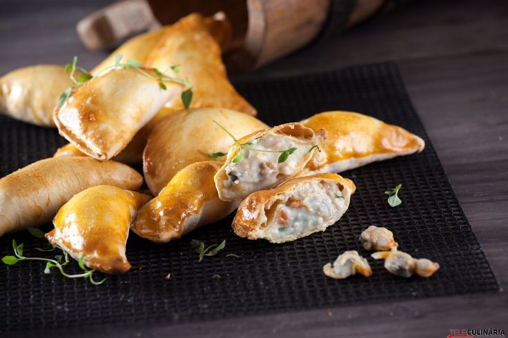Receita de Empadas de marisco. Descubra como cozinhar Empadas de marisco de maneira prática e deliciosa!