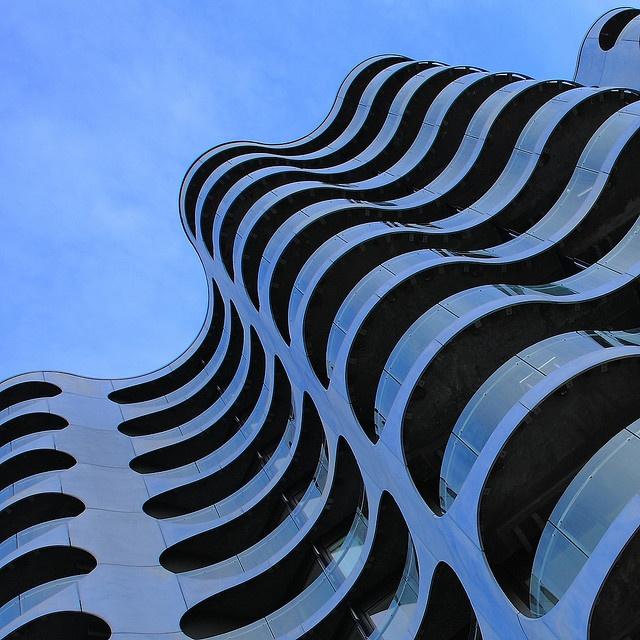 Udsigt til den flotte metropolisbygning