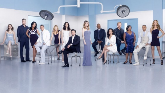 Seriously man, Seattle Grace Hospital is cursed I tell u! Bombs in bodies, ferry boat catastrophe, gunman in the hospital, car crash on the way to a vacation, ambulance kenna hit. George, Burke, Izzie, Callie, Henry... now a plane crash & we are clueless who dies... Shonda, you are evil! Better not be Arizona, Lexie or Mark!