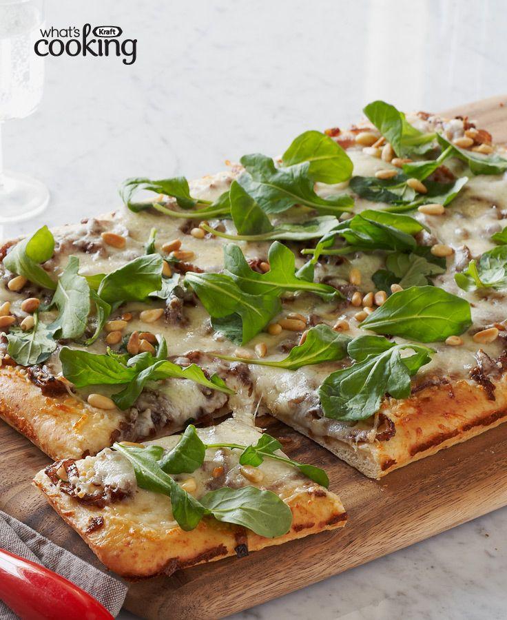 Caramelized Onion & Arugula Pizza #recipe
