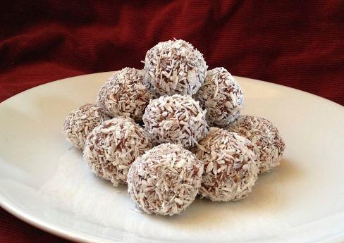Nyttiga chokladbollar med dadlar