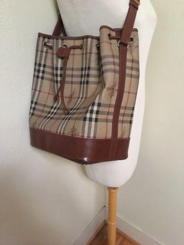 875451cf9ac9 BURBERRY LONDON Nova Check PVC Canvas Leather Beige Bucket Bag ...