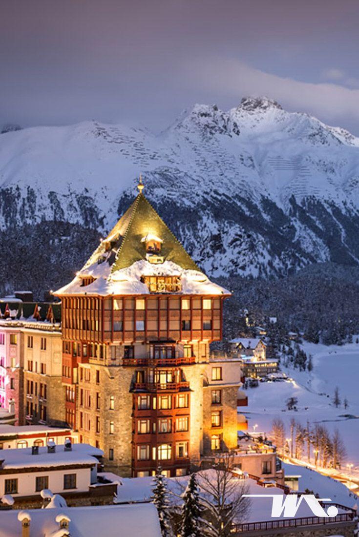 lacier Express sudah sangat terkenal di Swiss. Kereta wisata ini membawa Anda menikmati keindahan di sepanjang jalur St. Moritz dan Zermatt di Swiss. Selain itu, kereta ekspres ini juga akan mengajak Anda mengarungi kawasan gunung Piz Bernina dan Matterhorn.