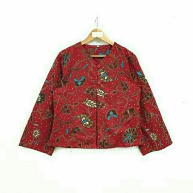 Saya menjual Blazer batik seharga Rp124.000. Dapatkan produk ini hanya di Shopee! https://shopee.co.id/nurika.batik/215688737/ #ShopeeID