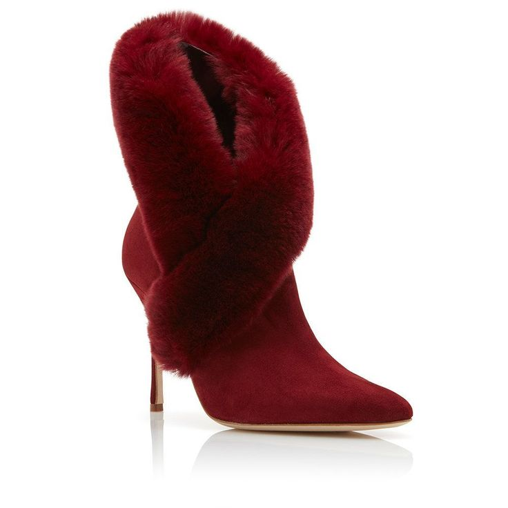 Manolo Blahnik - NESTA - https://www.manoloblahnik.com/us/products/nesta-12394986 #manoloblahnikheelsfashion #manoloblahnikboots
