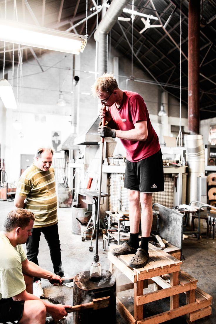 http://www.tamburstore.se/reportage-skrufs-glasbruk