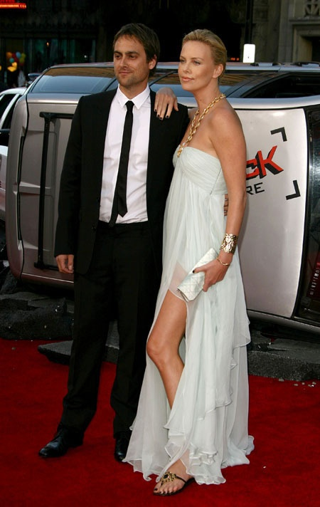 Stuart Townsend and Charlize Theron | Movies | Pinterest ...