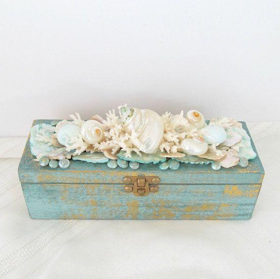 Concha concha caja con corales y conchas Aqua pálido y