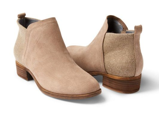 With a short heel and a blend of suede and wool the Deia Bootie is