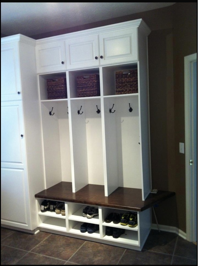 Cubbies - another great idea for organizing the front of the house.. mudroom and backpack storage all in one!